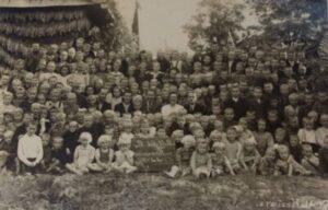 uczniowie w 1946