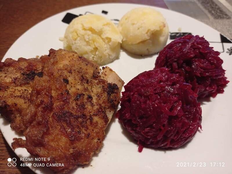 Filip - tradycyjny obiad, dodatek buraczki