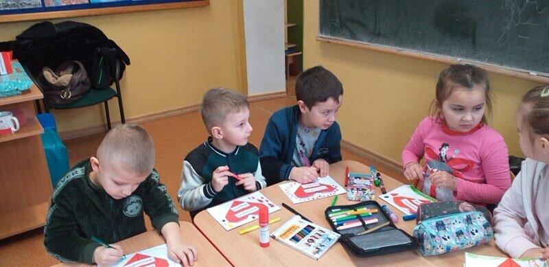 chłopcy też robią kartki