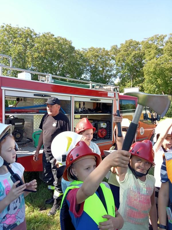 mali strażacy2